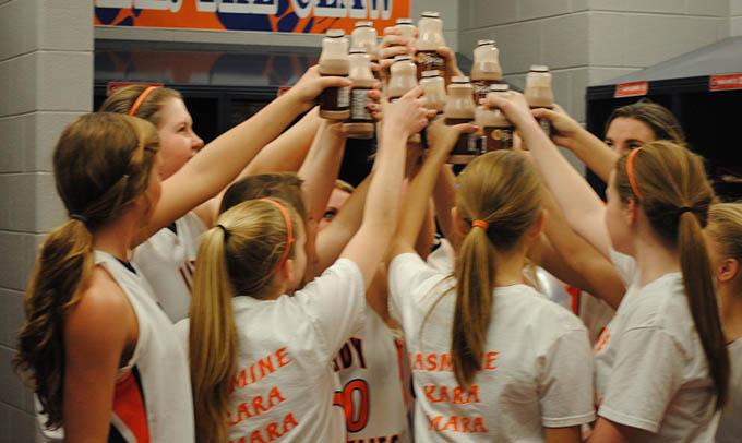 Southeast Dairy Association - Ladies Grainger High School Basketball Team